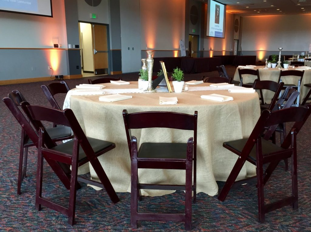 Mahogany Folding Chair with Burlap Tablecloth