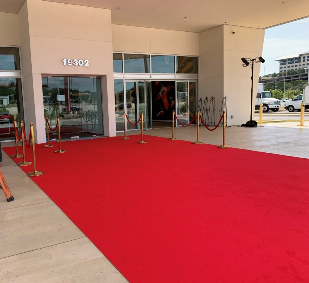 Red Carpet with Stanchions & Ropes