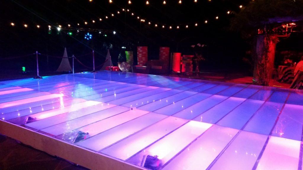 Swimming Pool Dance Floors Built with Pool Lights