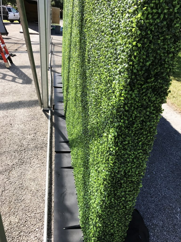 Double Side Hedge Walls