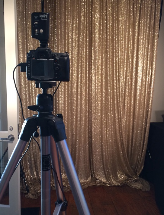 Photography with Glitz Background for On-site Printing