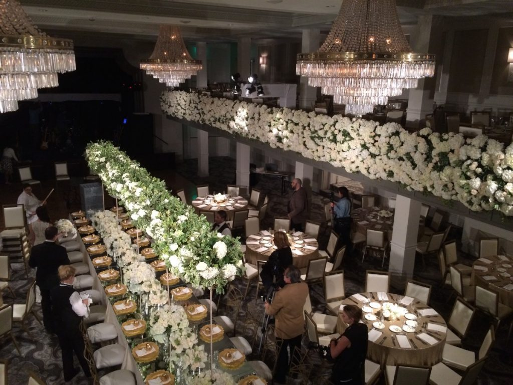 Table Setting Pinspotting