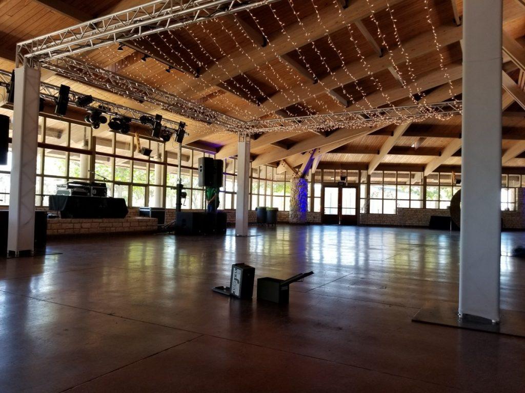 Twinkle Lights over Dancefloor with Truss Structures