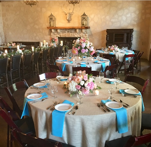Turquoise Polyester Napkin with Natural Linen Tablecloth