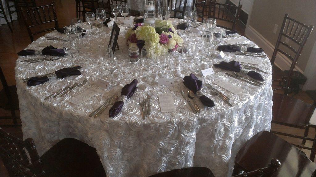 White Rosette Taffeta Tablecloth Linen