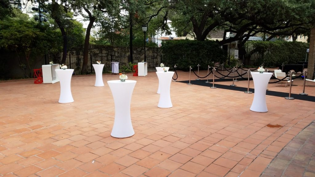 Hourglass LED Cocktail Tables Outdoors